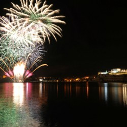 Fireworks Festival 2009 (2)-w1920-h1080